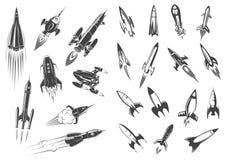 Geplaatste het beeldverhaal retro pictogrammen van het raketten vectorruimteschip vector illustratie