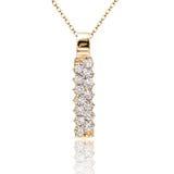 geplaatste juwelentegenhanger en oorringen Juwelensamenstelling Symbool van liefde Stock Fotografie