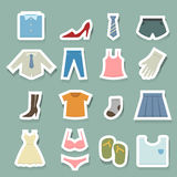 Geplaatste kledingspictogrammen Royalty-vrije Stock Afbeeldingen
