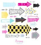 Geplaatste krabbel - pijlen Creatieve grafische achtergrond De inzameling van de schetspijl voor uw ontwerp Hand met inkt wordt g Stock Foto