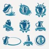 Geplaatste melketiketten en pictogrammen. Vector Stock Afbeeldingen