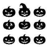 Geplaatste pompoensilhouetten, Gelukkig Halloween stock afbeelding