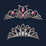 Geplaatste tiarakronen Huwelijksdiadeem met diamanten en gemmen Stock Afbeelding