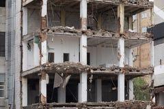 Geplande vernieling van oude gebouwen royalty-vrije stock afbeelding