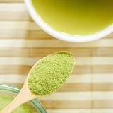 Gepoederde groene thee Royalty-vrije Stock Afbeeldingen