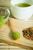 Gepoederde groene thee Royalty-vrije Stock Foto's