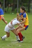 Gerät während des weiblichen Rugbyspiels Stockfotografie