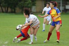 Gerät während des weiblichen Rugbyspiels Lizenzfreie Stockbilder