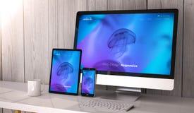 Geräte entgegenkommend auf kühlem Websitedesign des Arbeitsplatzes lizenzfreie abbildung