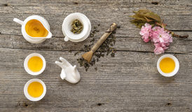 Geräte für traditionelle asiatische Teezeremonie Teekanne und Cup Stockbilder
