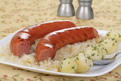 Geräucherte Wurst-Mahlzeit lizenzfreies stockfoto