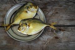 Geräuchertes Fische vomer auf der Platte Lizenzfreies Stockfoto