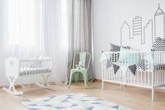 Geräumiger Platz für ein Baby lizenzfreies stockfoto