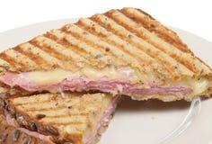 Geröstetes gepresstes Sandwich oder Panini Lizenzfreie Stockbilder