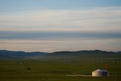 Ger mongol en la estepa Imagen de archivo libre de regalías