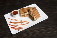 Gerade ein regelmäßiges Hühnersubventions-Sandwich stockbild