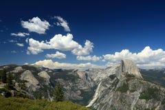 Gerade eine Ansicht in Yosemite Lizenzfreie Stockbilder