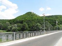 Gerade Straße und Hügel lizenzfreie stockfotos