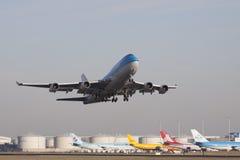 Gerade Tak von der Rollbahn Boeing Stockbilder