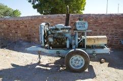 Gerador elétrico velho em Jodhpur, India fotografia de stock royalty free