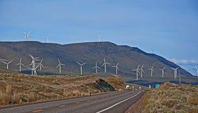 Geradores de potência modernos do moinho de vento Imagens de Stock
