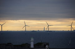 Geradores de vento no mar Imagens de Stock Royalty Free