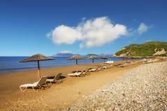 Gerakas wyrzucać na brzeg na Zakynthos wyspie (ochraniający Caretta Caretta żółw gniazduje miejsce) zdjęcie royalty free