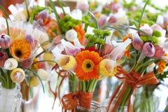 Gerbera e variação das flores, ramalhete Imagem de Stock