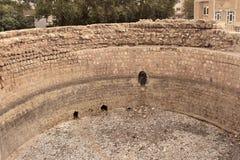 Gerdab-e-Sangi en la ciudad de Khorramabad (Irán) Imagenes de archivo