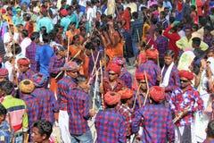 Gere-Tanz der Stammes- Gesellschaft auf holi Festival Lizenzfreies Stockfoto