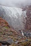 Gergeti glaciär på monteringen Kazbek i Georgia Royaltyfria Foton