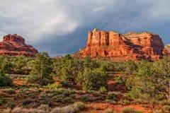 Gericht Butte und Bell-Felsen-Landschaft Stockfoto