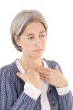 Gerijpte vrouw met schildklierproblemen Royalty-vrije Stock Fotografie