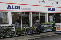 GERMAN  ALDI FOOD CHAIN OPENS ON MAUNDY THURSDAY Royalty Free Stock Images