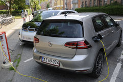GERMAN ELECTRIC CARS VOLKS WAHEN AND BMW at e.on Stock Image