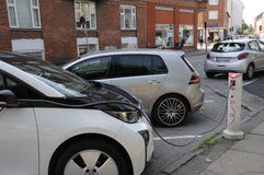 GERMAN ELECTRIC CARS VOLKS WAHEN AND BMW at e.on Stock Photo