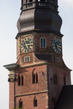 germany hamburg Klockan på klockatornet av kyrkan av St Catherine Hauptkirche St Katharinen Fotografering för Bildbyråer