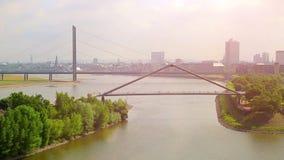 germany Paesaggio urbano di Dusseldorf con la vista sul porto di media video d archivio