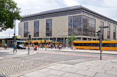 germany Spårvagnar på gatan av Prague i Dresden 16 Juni 2016 Royaltyfria Bilder