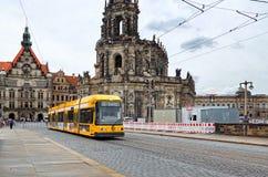 germany Spårvagnar på gatan av Prague i Dresden 16 Juni 2016 Royaltyfri Bild
