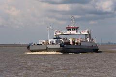 germnay的Glueckstadt,在河易北河的轮渡 库存图片