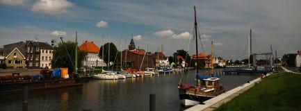 germnay的Glueckstadt,有老船的老历史的港口 库存照片