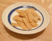 Germoglio di bambù giapponese: uno dei piatti della guarnizione immagini stock libere da diritti