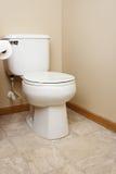 Gerneric白色洗手间在卫生间里 图库摄影