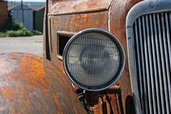 Geroeste klassieke Duitse auto Royalty-vrije Stock Afbeelding