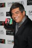 """Geroge Lopez, der oben zu dem 2. jährlichen """"Einsatz für Afrika"""" Poker-Turnier kommt Lizenzfreie Stockfotografie"""