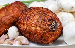 Gerookt ham, paddestoelen en knoflook Stock Afbeelding