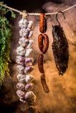 Gerookte ham in het eigengemaakte rookhok royalty-vrije stock afbeelding