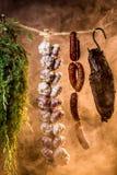 Gerookte ham op een traditionele landelijke manier royalty-vrije stock foto's