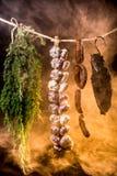 Gerookte ham op een traditionele manier stock foto's